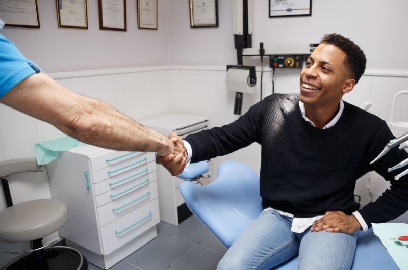 When to see your dentist regarding dry socket